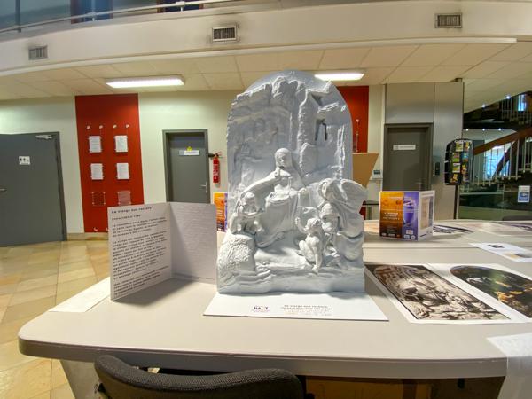 La vierge aux rochers – Léonard de Vinci – Entre 1483 et 1486